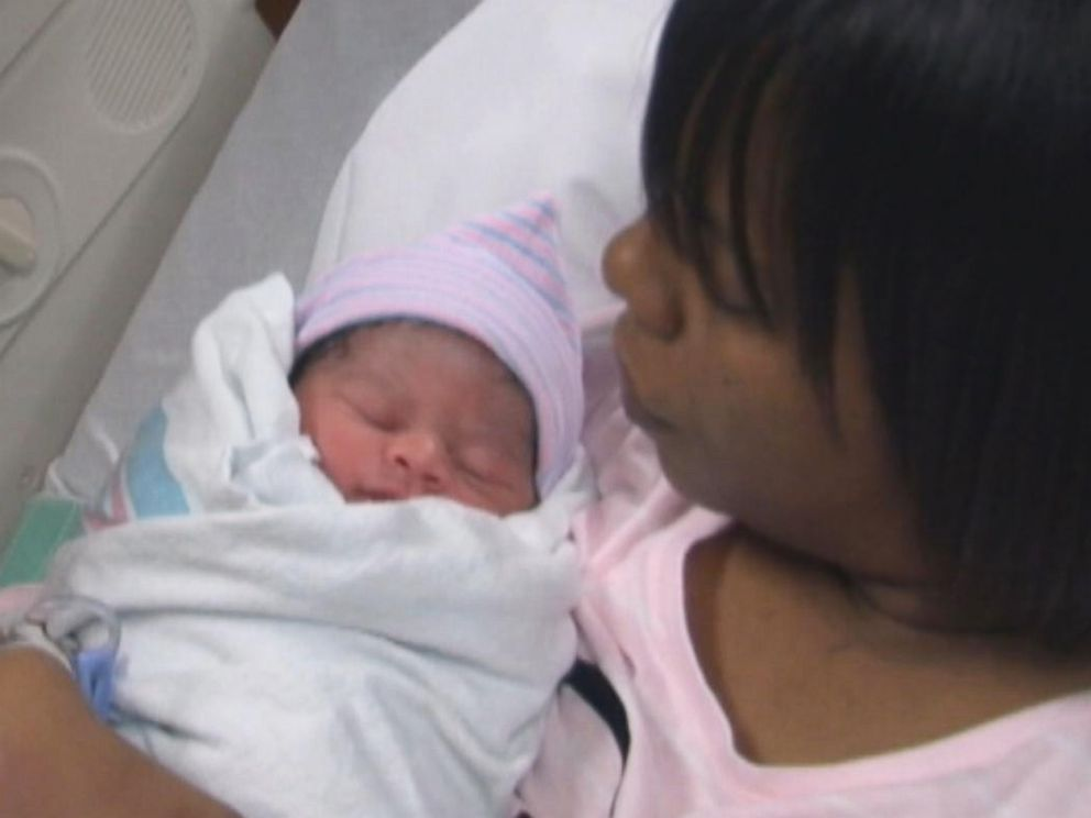 PHOTO: Autumn Stover is held by her mother Qiana Stover shortly after she was born on Jan. 1, 2015.