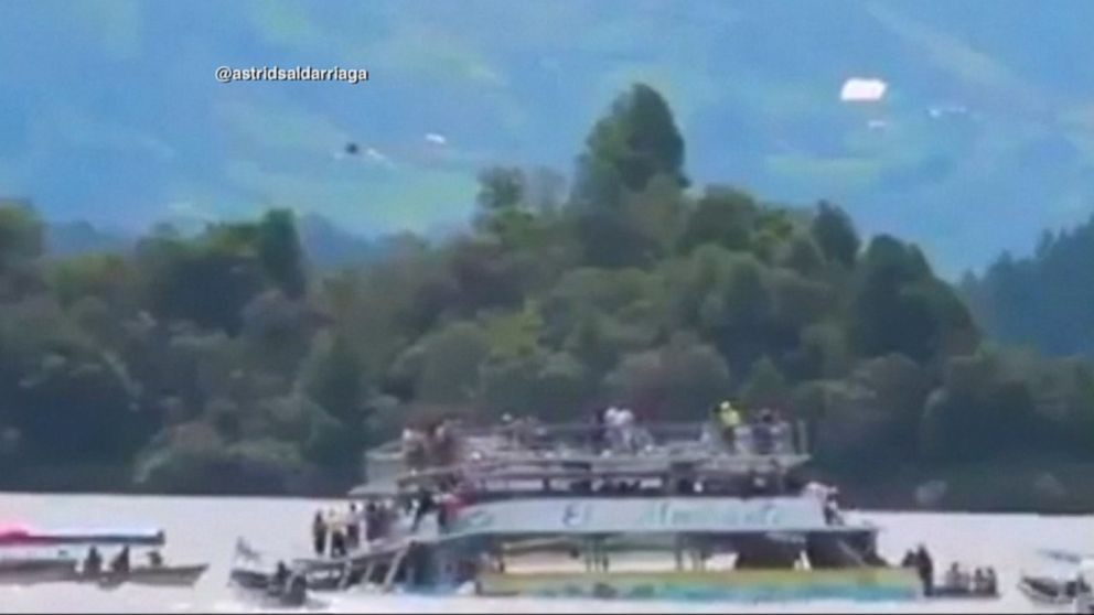 At least 6 dead after Colombia tourist boat capsizes Video