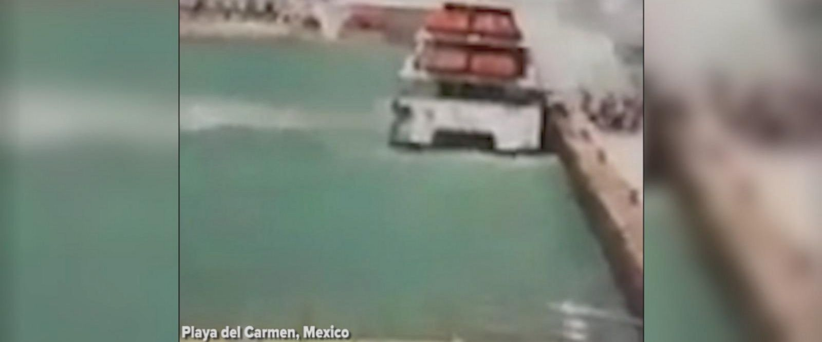 An explosion on a ferry in Mexico has left a number of people injured, according to local officials in the Mexican state of Quintana Roo.