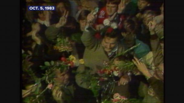 Lech Walesa wins Nobel Peace Prize.