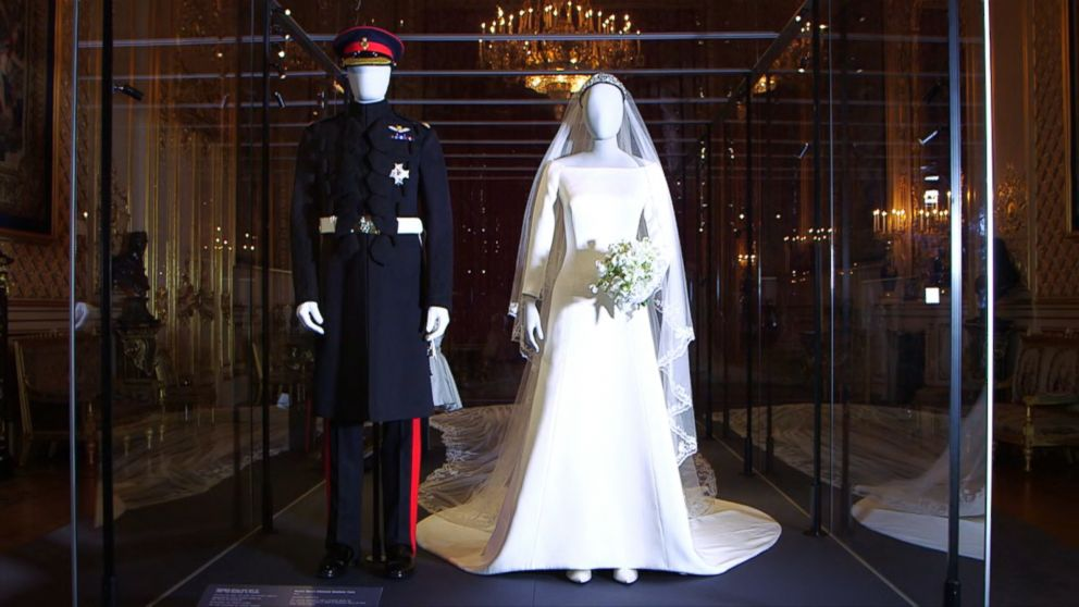 Prince Harry And Meghan Markle S Wedding Outfits Go On Display