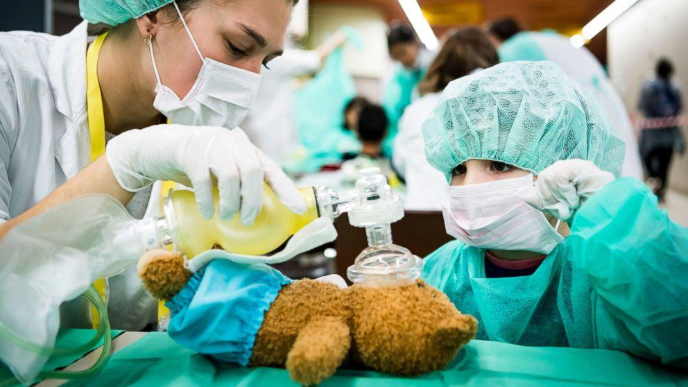 Teddy bear care, pardoned turkeys and World Toilet Day: World in Photos