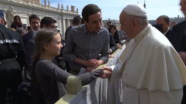 Teen climate change activist meets Pope Francis