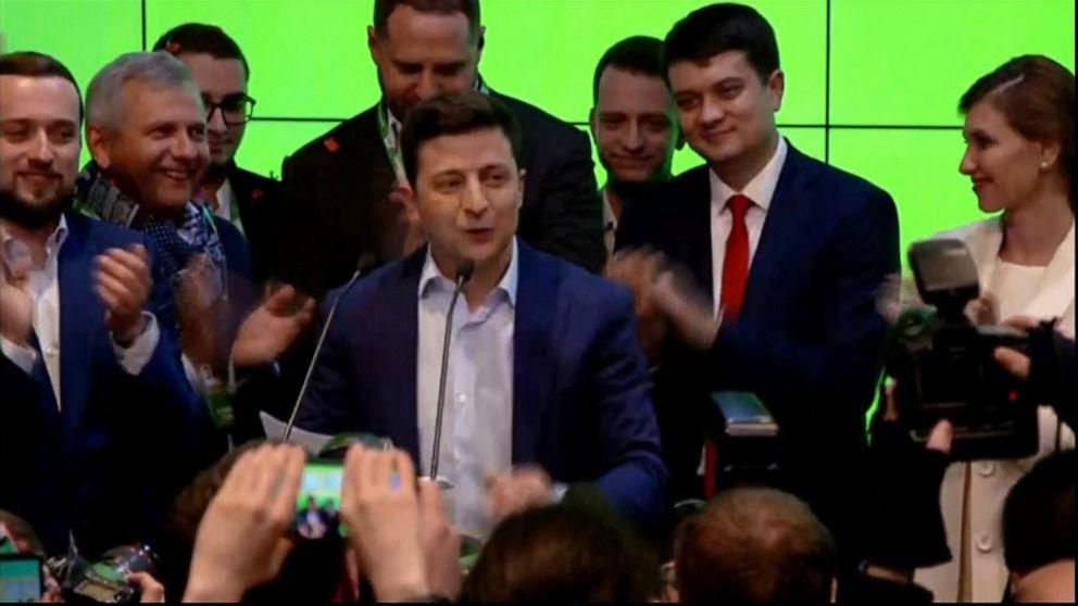 Russian officials welcome comedian's win in Ukraine