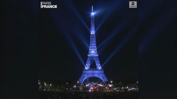 Eiffel Tower celebrates 130th anniversary with spectacular light show
