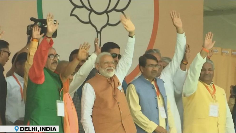 Narendra Modi claims victory in Indian election