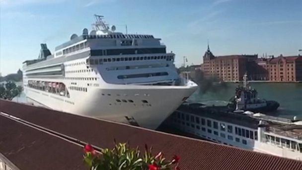 Cruise ship slams into tourist boat in Venice