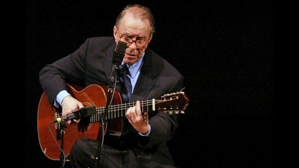 Brazil mourns Joao Gilberto, father of Bossa Nova