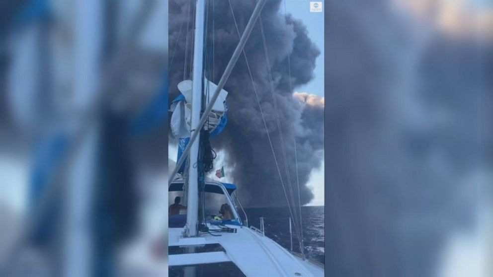 Boaters get up close to Stromboli volcano eruption