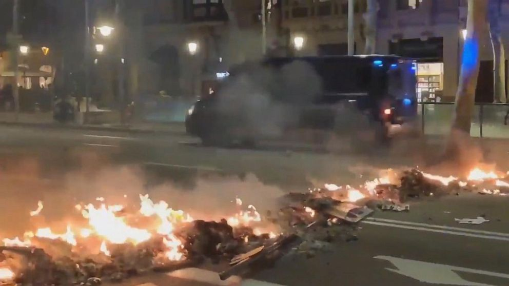 Violent protests in Barcelona heat up for 4th night