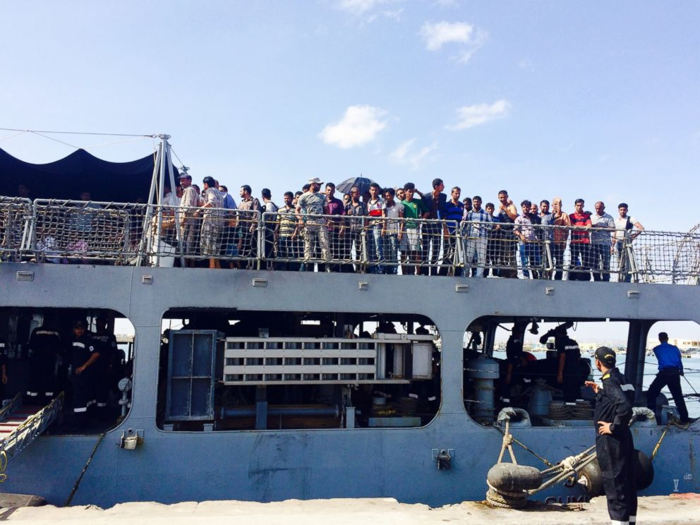 PHOTO: American families who fled Yemen arrive in Djibouti, April 16, 2015, following a 16-hour journey.