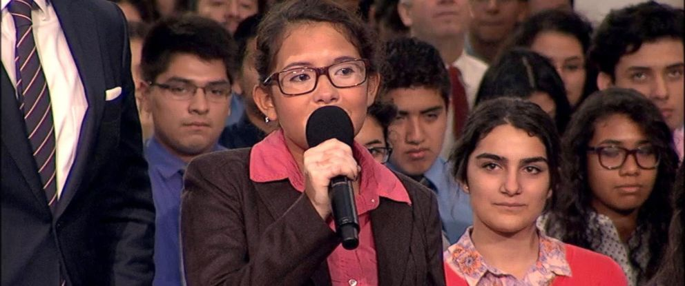 PHOTO: Valerie Herrera, a Chicago high school senior, sang for Pope Francis during a virtual audience today that included a group from her school Cristo Rey Jesuit High School.