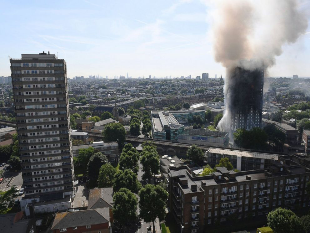PHOTO: Smoke billows from a fire that has engulfed the 24-story Grenfell Tower in west London, June 14, 2017.