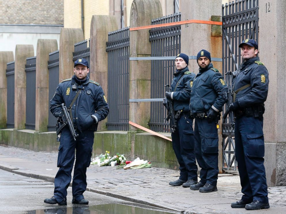 PHOTO: Danish police officers secure the area outside of a synagogue, Sunday, Feb. 15, 2015, where a gunman opened fire in Copenhagen, Denmark.