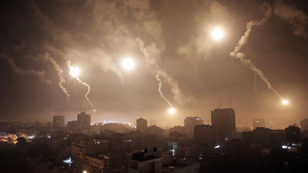 Israeli forces' flares light up the night sky of Gaza City, July 29, 2014.