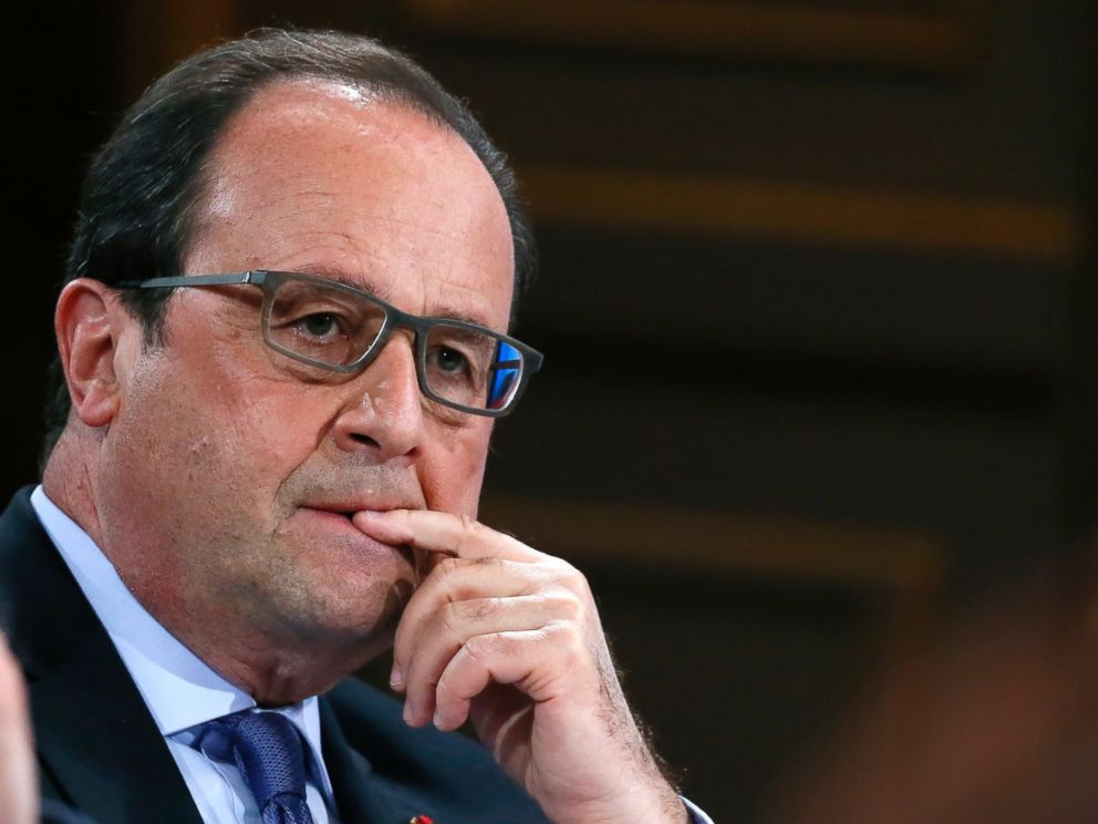PHOTO: French President Francois Hollande attends a national conference on Handicap at the Elysee Palace in Paris, May 19, 2016.