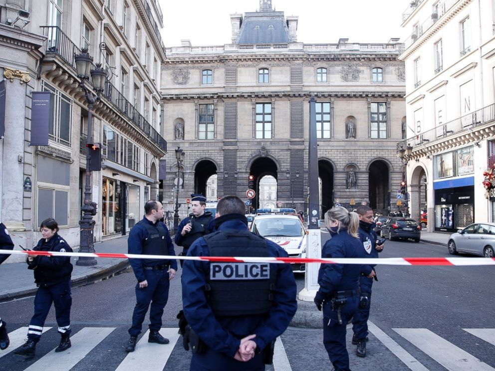 PHOTO: Police officers cordon off the area next to the Louvre museum in Paris,Friday, Feb. 3, 2017. (AP Photo/Thibault Camus)