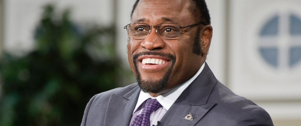 PHOTO: Rev. Myles Munroe preaches during an Oral Roberts University chapel service in Tulsa, Okla., Jan. 19, 2011.