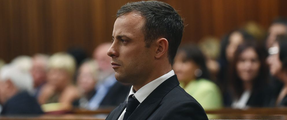 PHOTO: Oscar Pistorius takes his seat in the dock in court in Pretoria, South Africa, Sept. 11, 2014.