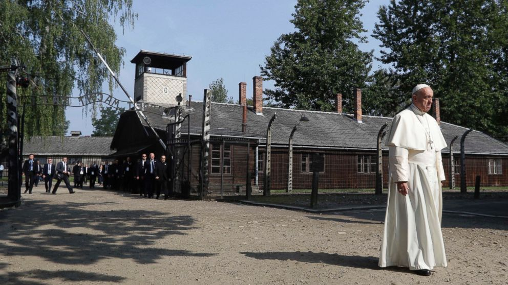 pope francis visits auschwitz concentration camp, meets survivors