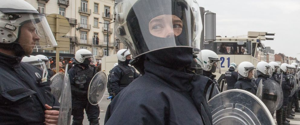 PHOTO: Riot police secure a zone in the Molenbeek neighborhood in Brussels, Belgium, April 2, 2016.