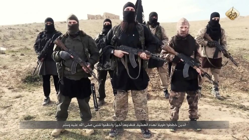 ISIS fighters deliver a message to Francois Hollande and to the French people on Feb. 4th, 2015.
