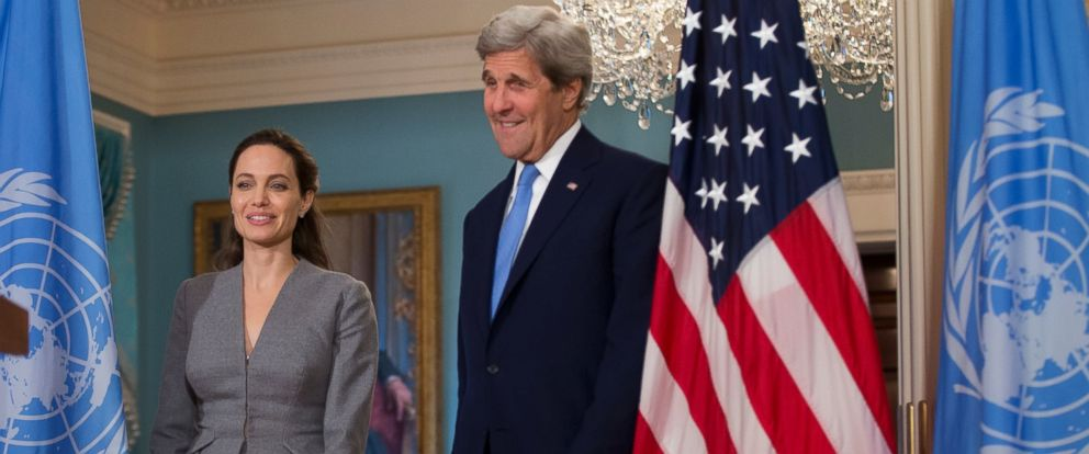 PHOTO: Secretary of State John Kerry, right, with United Nations High Commissioner for Refugees Special Envoy Angelina Jolie walks to the Treaty Room at the Department of State in Washington, June 20, 2016.