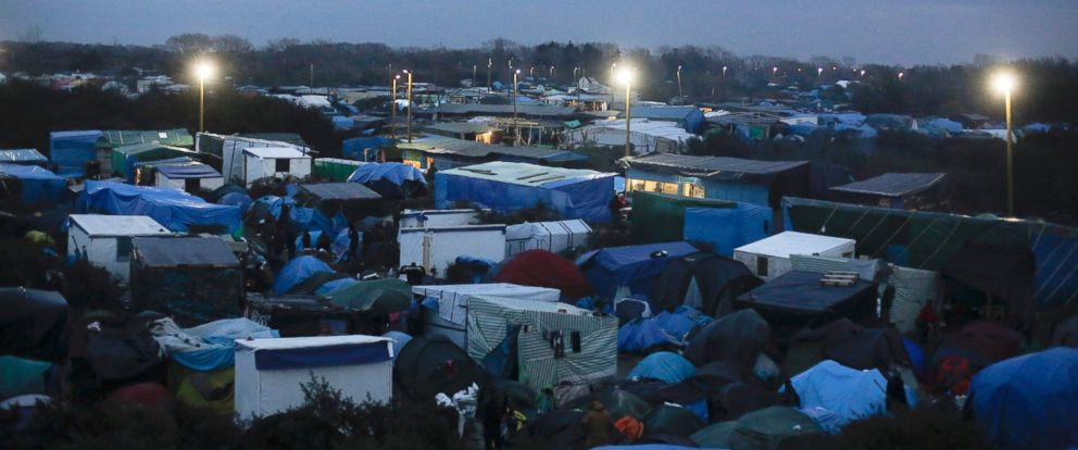 PHOTO: Tents stand between bushes in Frances biggest refugee camp near Calais, France, Nov. 3, 2015.