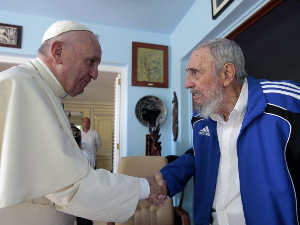 PHOTO: Pope Francis and Cubas Fidel Castro shakes hands, in Havana, Cuba, Sept. 20, 2015.