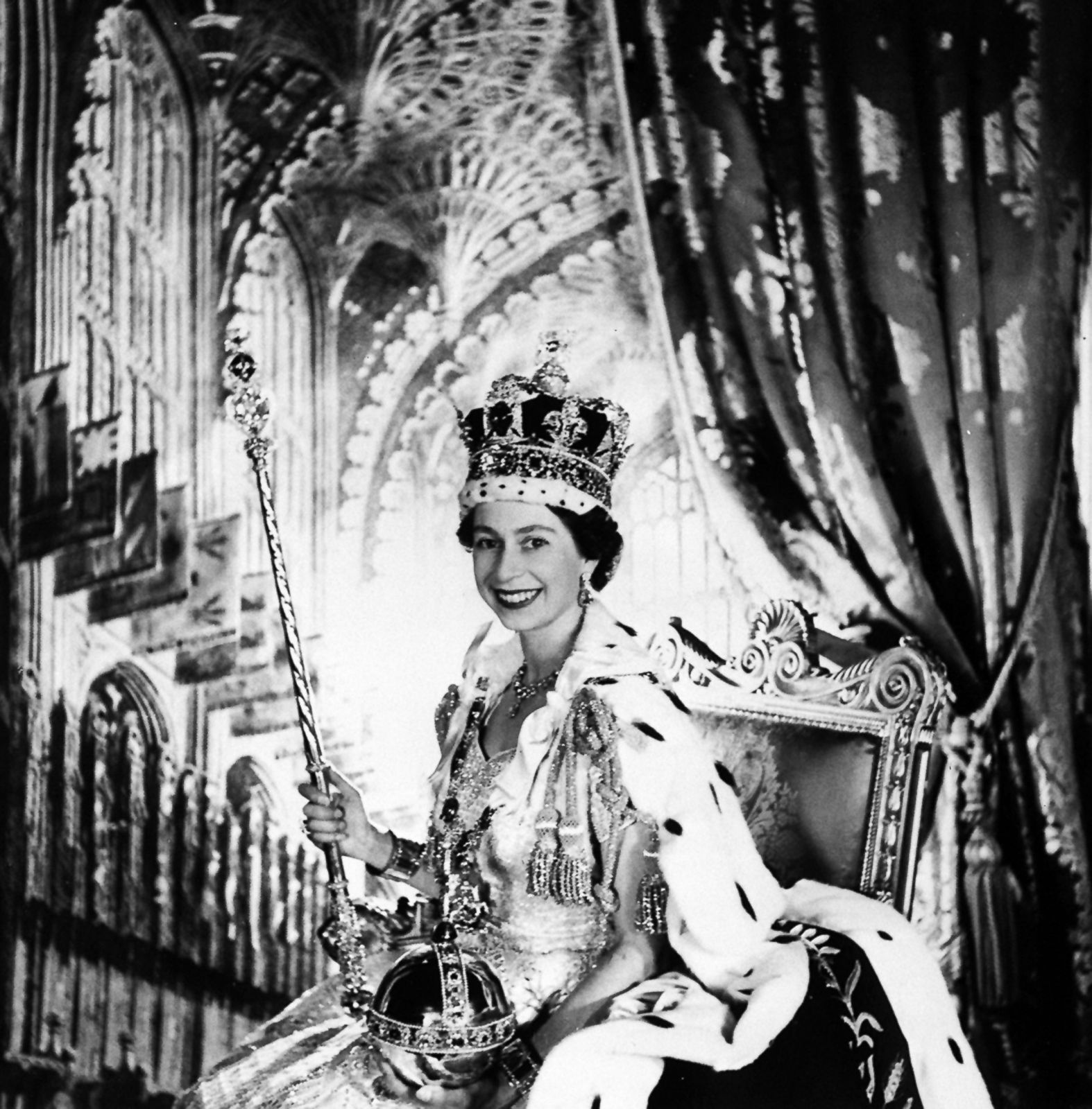 queen elizabeth ii s life through the years photos abc news queen elizabeth ii s life through the