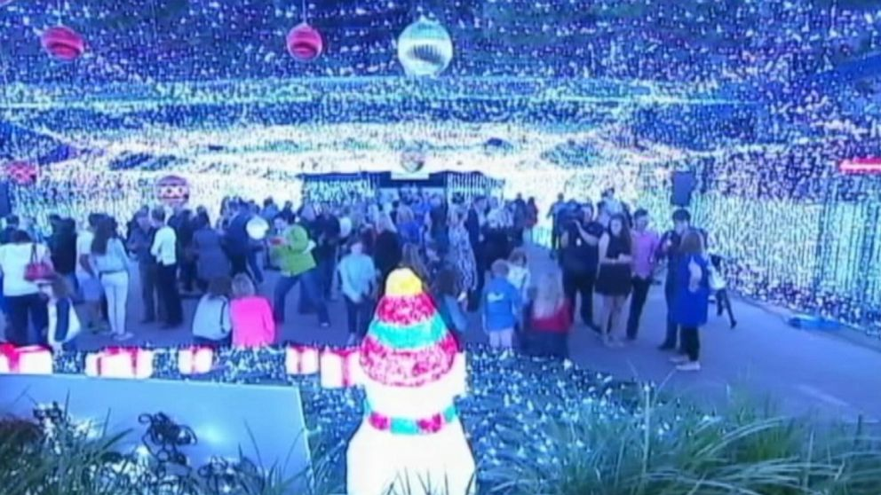 Australian David Richards in Canberra has created a Christmas light display that earned a Guinness World Records title for the largest image made of LED lights.