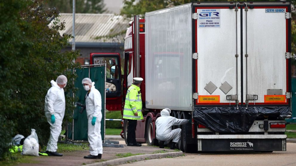 Vietnam arrests 8 in connection with discovery of 39 bodies in truck in UK thumbnail