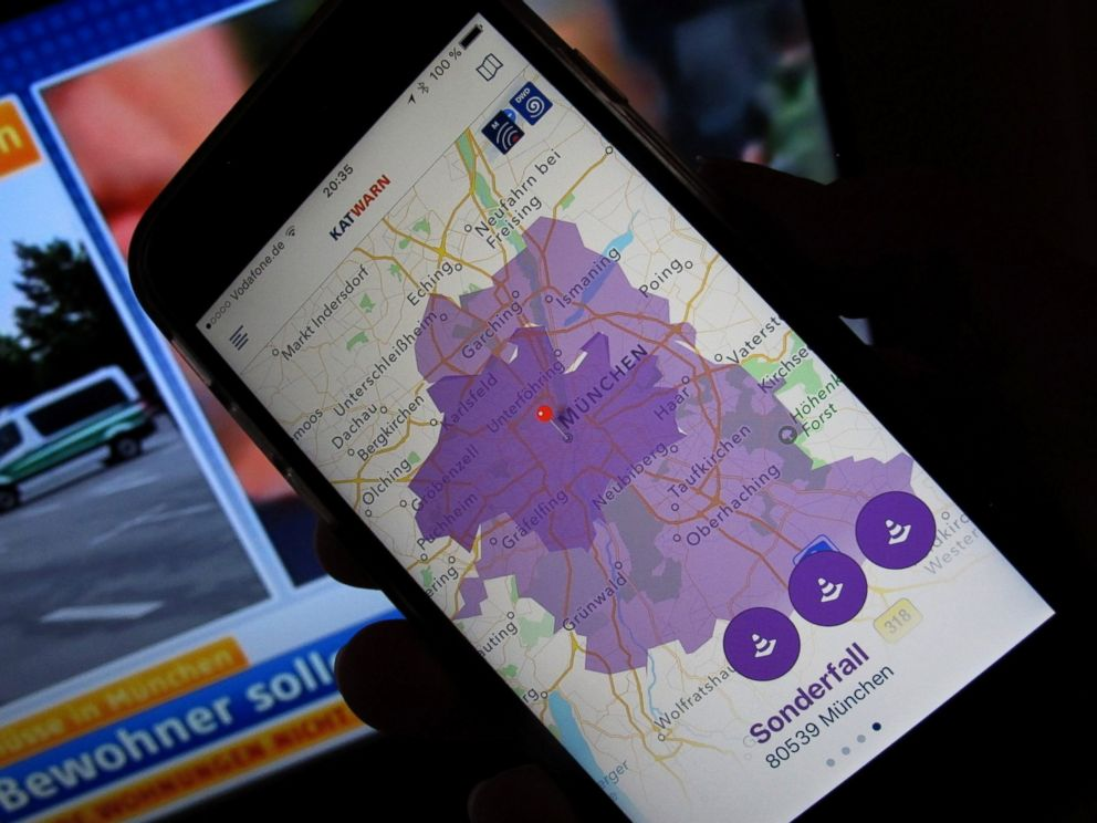 PHOTO: The smartphone warning system Katwarn shows a purple area in Munich, 22 July 2016. The state capital called out a special case due to an amok situation. Citizens were asked to stay inside their apartments via the warning system.