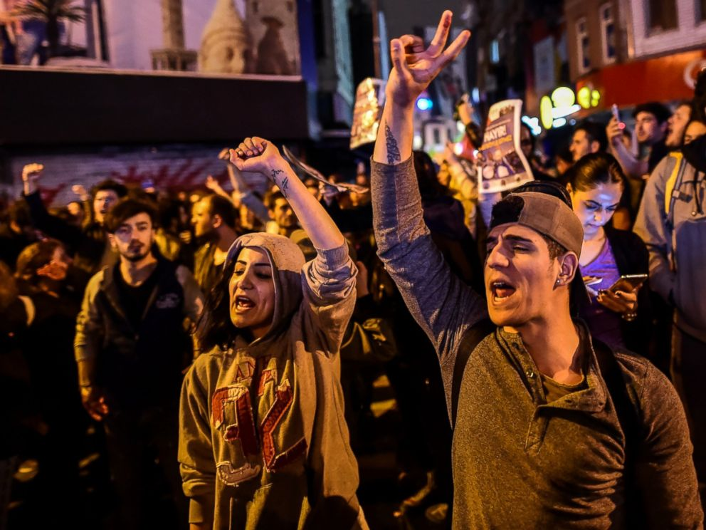 PHOTO: Supporters of No protest after the results of a nationwide constitutional referendum, April 16, 2017, is Instanbul. President Recep Tayyip Erdogan claimed victory in the vote to expand his powers.