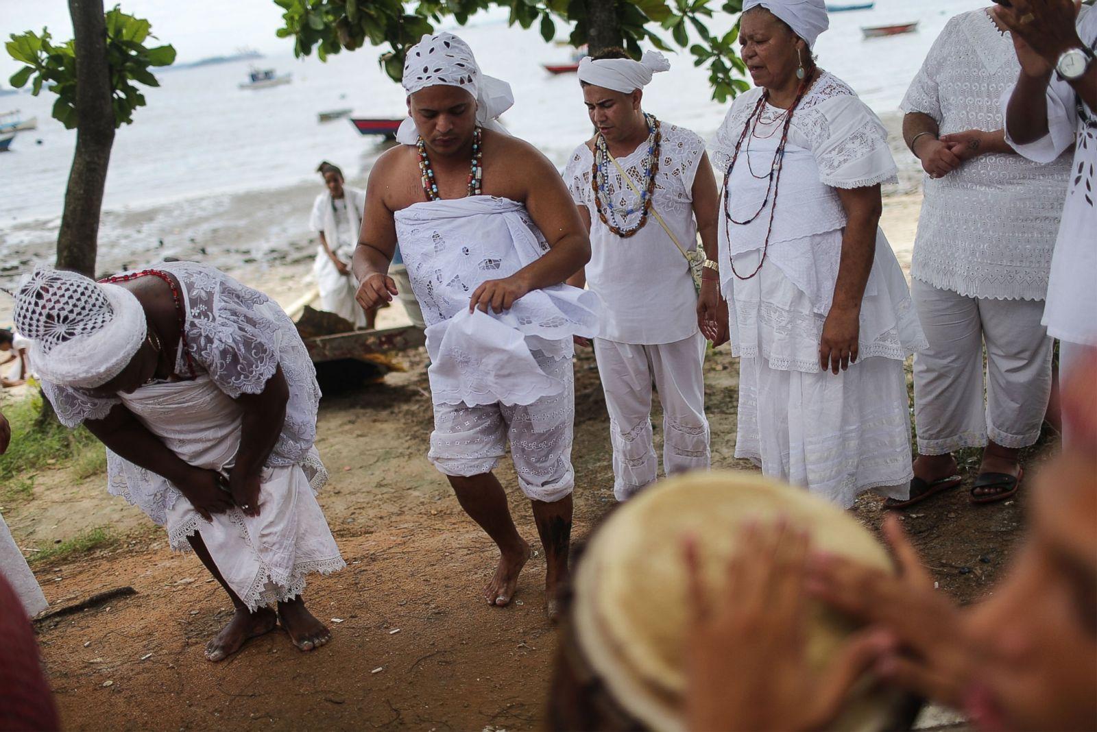 Brazilian Candomble Ceremonies Honor Goddesses Lemanja and Oxum ...