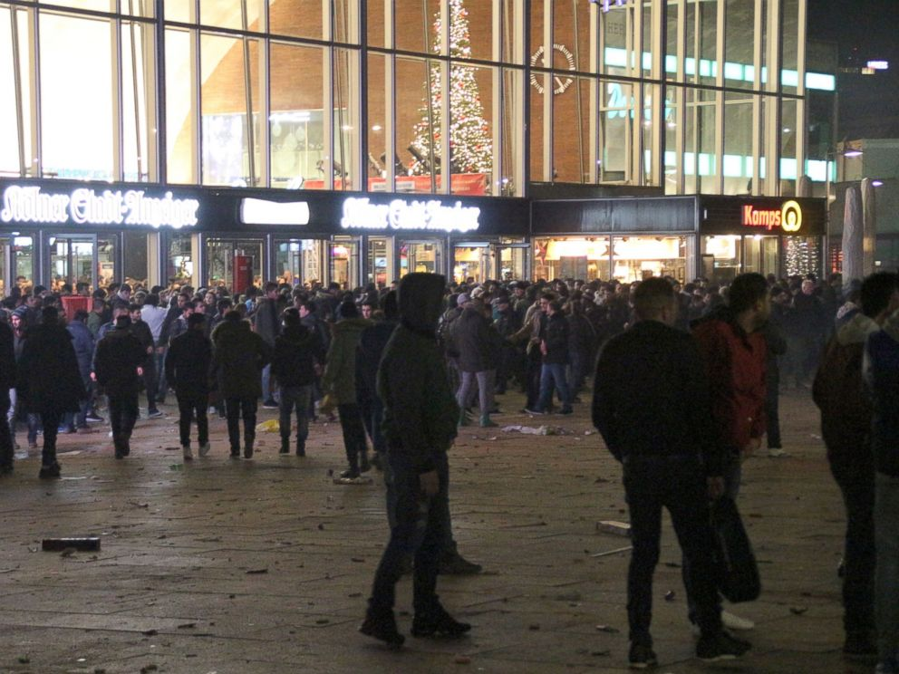 PHOTO:In this picture taken on Dec. 31, 2015, people gathering in front of the main railway station in Cologne, Germany.
