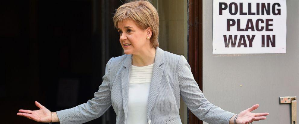 PHOTO: SNP Leader Nicola Sturgeon casts her vote in the EU referendum at Broomhouse Community Hall, June 23, 2016, in Glasgow, Scotland.