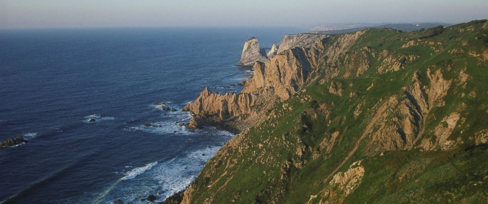 PHOTO: The cliffs at Cabo da Roca, where a couple fell are seen in this file photo.