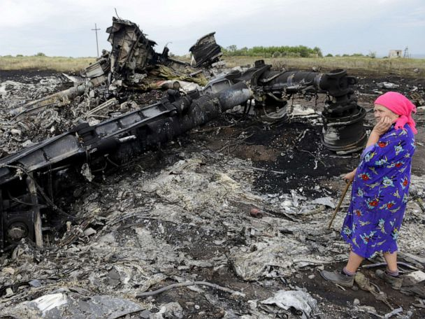 Dutch prosecutors charge 4 in shooting down of flight MH17