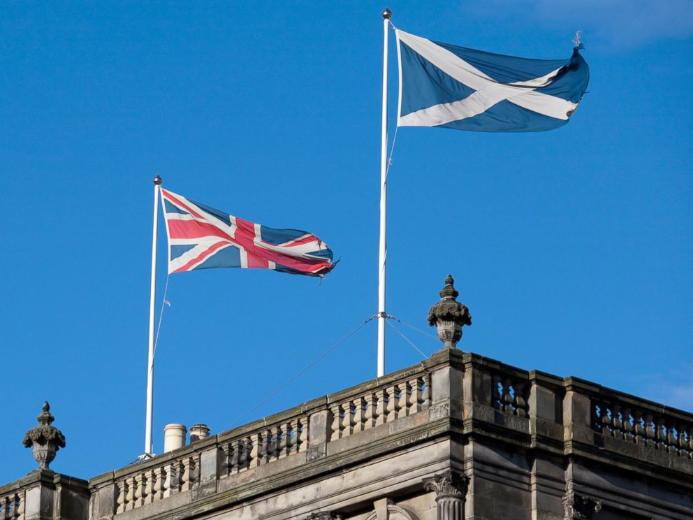 PHOTO: Scottish Saltire and Union Jack.
