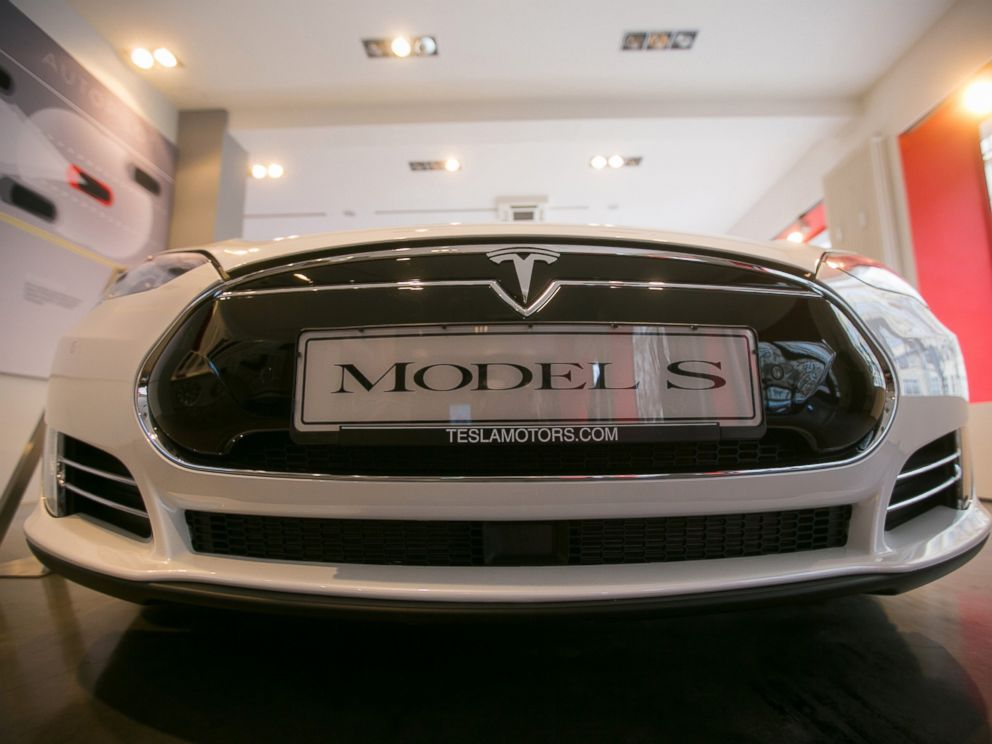 Awesome PHOTO: A Tesla Motors Inc. Model S P85 Electric Automobile Sits On Display  Inside