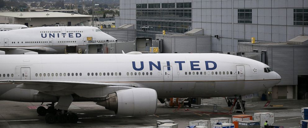 PHOTO: United Airlines planes sit on the tarmac at San Francisco International Airport, July 8, 2015, in San Francisco, California.