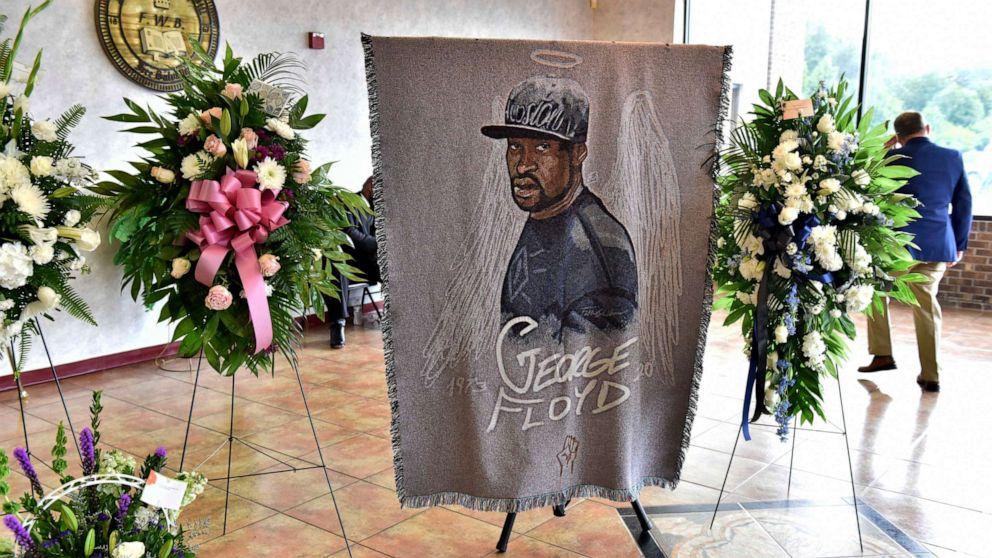 George Floyd Remembered As  U0026 39 Gentle Giant U0026 39  At Memorial