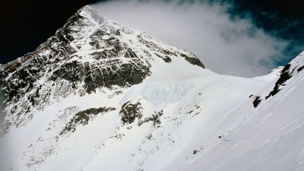 US Soldiers Recount Harrowing Descent from Mt. Everest