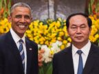 PHOTO: Barack Obama shakes hands with Vietnamese President Tran Dai Quang during his visit to the Presidential Palace in Hanoi, May 23, 2016.