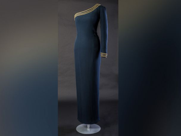PHOTO: Dresses once belonging to Princess Diana are going on display at Kensington Palace.