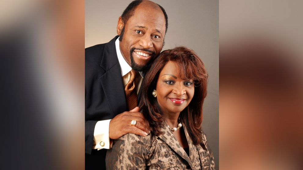 pastor myles munroe remembered for lessons of leadership faith