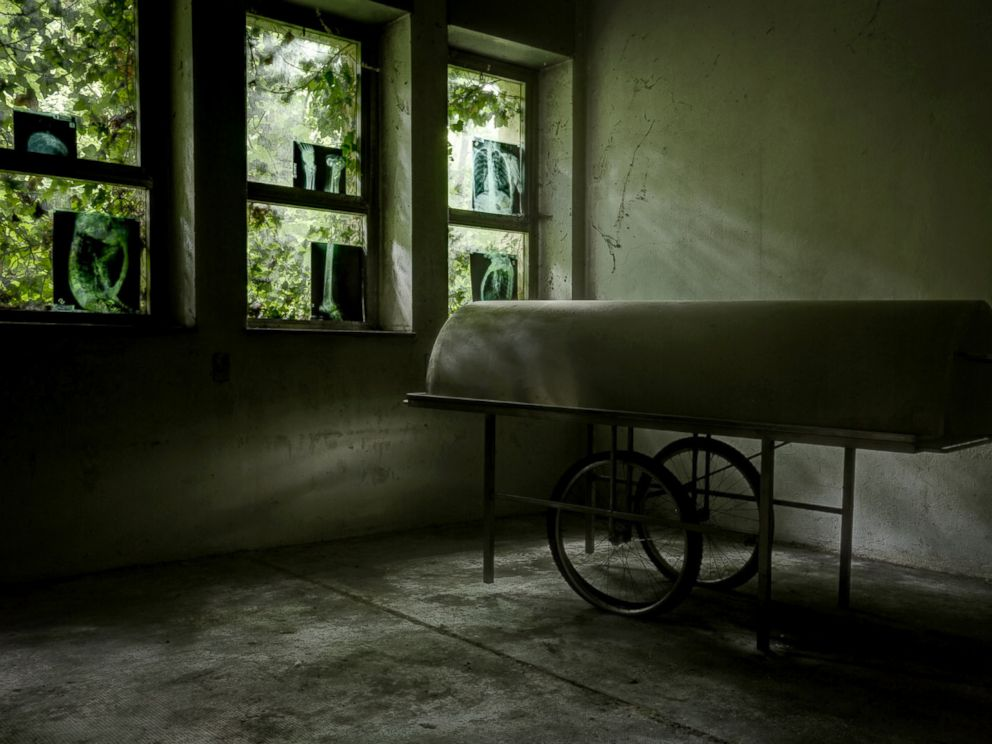 PHOTO: Thomas Windisch shot images of Italys abandoned insane asylums for two years.