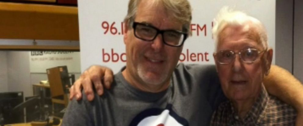 PHOTO: BBC Radio Solent host Alex Dyke invited 95-year-old listener Bill Palmer for coffee on Oct. 21, 2015 after Palmer called in explaining how he was lonely.