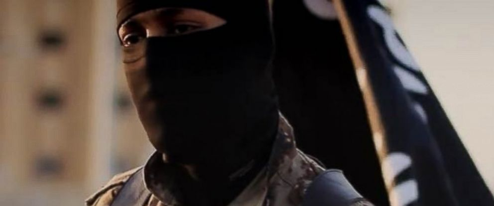 PHOTO: The FBI is seeking the publics help in identifying this man, purportedly a member of ISIS.